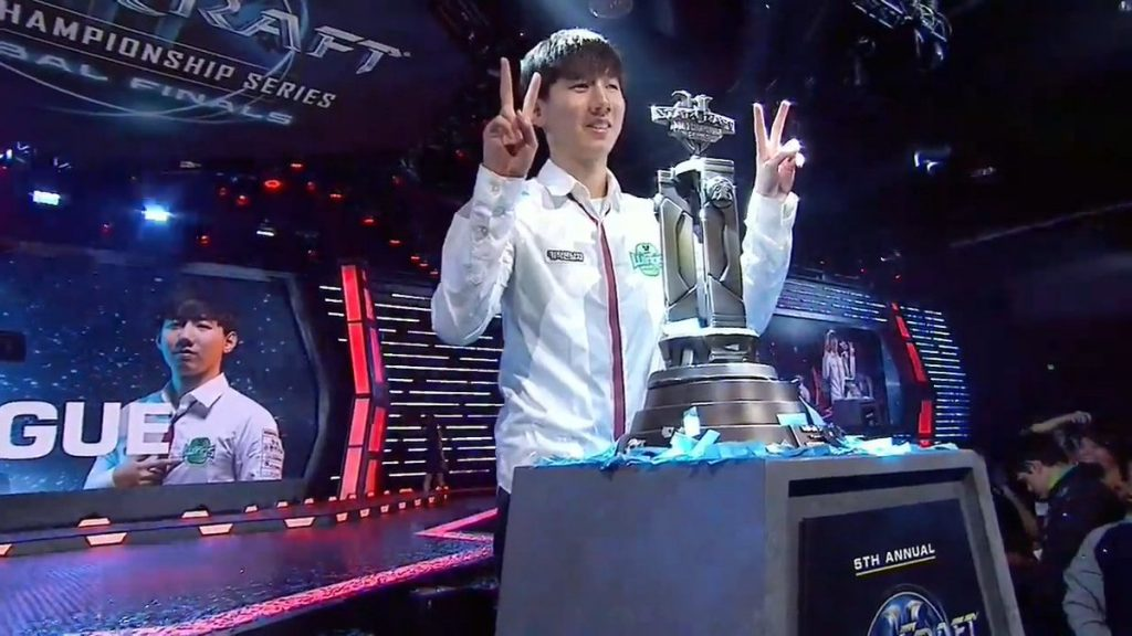 SC2 top-earning player with a trophy