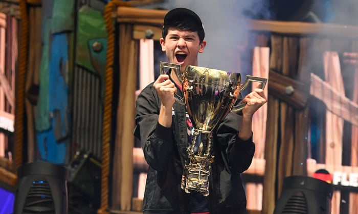 Bugha winning Fortnite World Cup